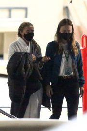 Olivia Wilde and Florence Pugh on the Set of Don't Worry Darling in Los Angeles 11/25/2020 4