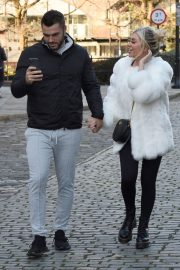Paige Turley and Finn Tapp Out in Manchester 2020/11/13 1