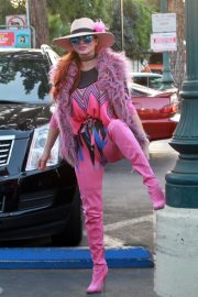Phoebe Price in Pinky Pinky Outfit Out in Los Angeles 2020/11/16 6