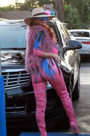 Phoebe Price in Pinky Pinky Outfit Out in Los Angeles 2020/11/16 8