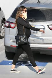 Pregnant April Love Geary Arrives at Doctor's Office in Santa Monica 2020/11/23 7