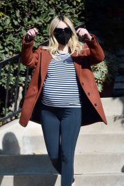 Pregnant Emma Roberts Out on Thanksgiving Day in Los Angeles 11/25/2020 1