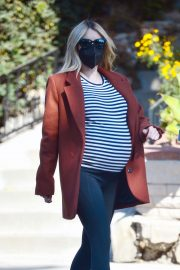 Pregnant Emma Roberts Out on Thanksgiving Day in Los Angeles 11/25/2020 12