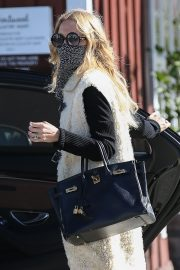 Rachel Zoe and Rodger Berman at Brentwood Country Mart 2020/11/15 2