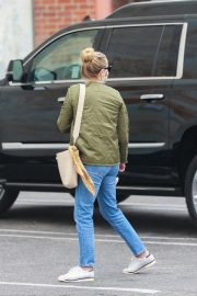 Reese Witherspoon Out and About in Hollywood 2020/10/23 8
