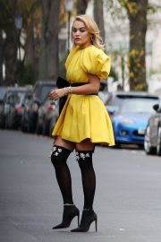 Rita Ora in Yellow Short Skirt Out and About in London 2020/11/23 2