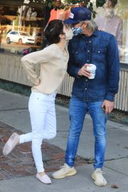 Selma Blair and David Lyons Out for Coffee in Los Angeles 2020/11/21 3