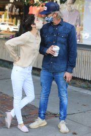 Selma Blair and David Lyons Out for Coffee in Los Angeles 2020/11/21 5