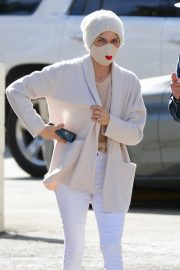 Selma Blair and David Lyons Out for Coffee in Los Angeles 2020/11/21 10