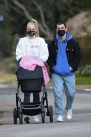 Sophie Turner and Joe Jonas Out with Daughter Willa in Los Angeles 11/27/2020 2