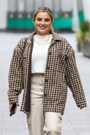 Television presenter Sian Welby Leaves Global Radio in London 11/26/2020 1