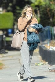 Alicia Silverstone Leaves a Gym in West Hollywood 12/02/2020 2