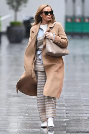 Amanda Holden in Lining Outfit with Overcoat Leaves Heart FM in London 12/03/2020 2