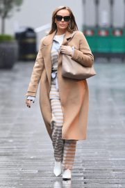 Amanda Holden in Lining Outfit with Overcoat Leaves Heart FM in London 12/03/2020 3