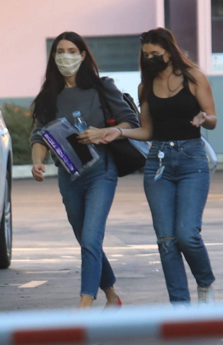 Ashley Greene with Her Friend After Leaves a Studio in Hollywood 12/03/2020 7