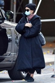 Ashley Olsen om Long Overcoat Out and About in New York 11/29/2020 2