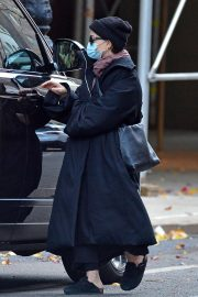 Ashley Olsen om Long Overcoat Out and About in New York 11/29/2020 3