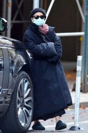 Ashley Olsen om Long Overcoat Out and About in New York 11/29/2020 9