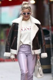 Ashley Roberts in Shearling Coat Arrives at Heart Radio Studios in London 12/02/2020 3