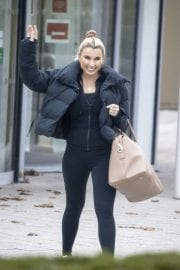 Billie Faiers in Black Puffer Jacket with Tights Leaves Slough Ice Rink 12/02/2020 1