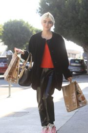 Charlene Laurent Out for Thanksgiving Shopping in Hollywood 11/25/2020 4