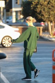 Charlotte McKinney in Green Winter Outfit Out Shopping in Santa Monica 11/24/2020 5
