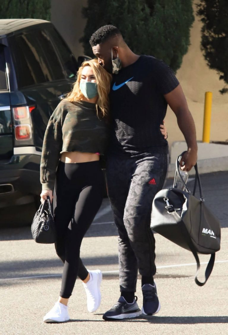 Chrishell Stause and Keo Motsepe Leaves a Gym in Beverly Hills 12/02/2020 8