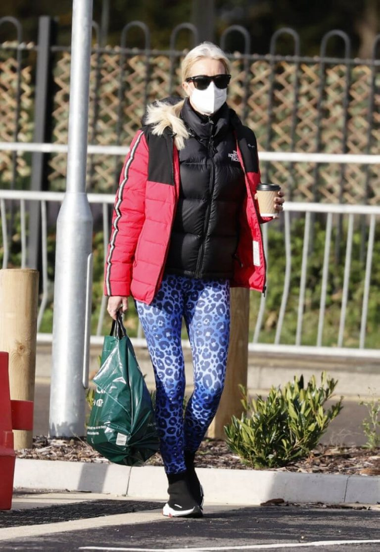 Denise van Outen in Double Puffer Jacket Out Shopping in Chelmsford 11/24/2020 10