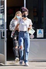 Dixie D'Amelio Out for Coffee on Melrose Ave in West Hollywood 12/04/2020 10