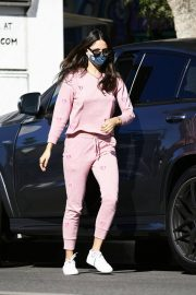 Eiza Gonzalez Out for Coffee in Los Angeles 12/05/2020 3
