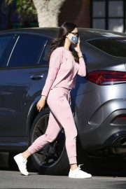 Eiza Gonzalez Out for Coffee in Los Angeles 12/05/2020 6