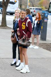 Emily Alyn Lind and Jordan Alexander on the Set of Gossip Girl on in New York 12/01/2020 5