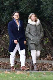 Gwyneth Paltrow and Brad Falchuk walks Out in New York 11/29/2020 6