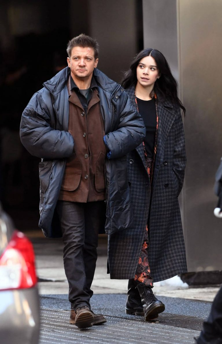 Hailee Steinfeld and Jeremy Renner on the Set of Hawkeye in New York 12/06/2020 11
