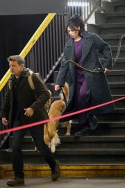 Hailee Steinfeld with dog on the Set of Hawkeye in New York 12/02/2020 1