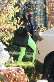 Hailey Baldwin Bieber in Neon Tights Out and About in Los Angeles 11/24/2020 4