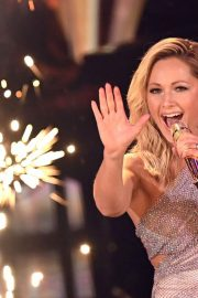 Helene Fischer Performs at A Heart for Children's Gala 12/05/2020 1