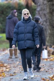 Holly Willoughby with Her Husband Daniel Baldwin Out and About in London 11/10/2020 8