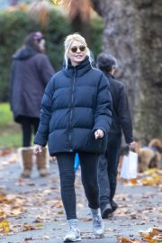 Holly Willoughby with Her Husband Daniel Baldwin Out and About in London 11/10/2020 9