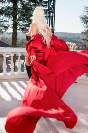 Jelena Karleusa Hot Photoshoot Images in Instagram 11/24/2020 1