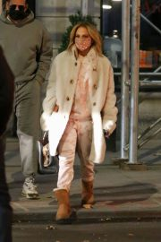 Jennifer Lopez Out and About in New York 11/24/2020 3