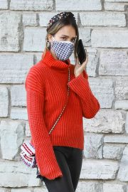 Jessica Alba in Red High Neck Sweater Out for Christmas Shopping at Target in Hollywood 12/04/2020 1