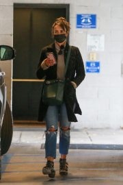 Jordana Brewster seen in Ripped Jeans Leaves a Vet Clinic in Westwood 11/25/2020 4