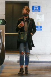 Jordana Brewster seen in Ripped Jeans Leaves a Vet Clinic in Westwood 11/25/2020 5