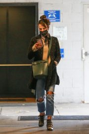 Jordana Brewster seen in Ripped Jeans Leaves a Vet Clinic in Westwood 11/25/2020 6