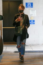 Jordana Brewster seen in Ripped Jeans Leaves a Vet Clinic in Westwood 11/25/2020 9