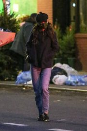 Katie Holmes and Emilio Vitolo Jr Out Shopping Flowers in New York 11/25/2020 4