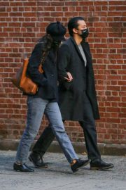 Katie Holmes and Emilio Vitolo Jr Out Shopping Flowers in New York 11/25/2020 8