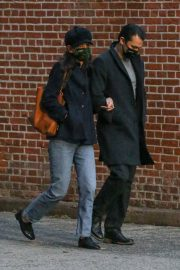 Katie Holmes and Emilio Vitolo Jr Out Shopping Flowers in New York 11/25/2020 9