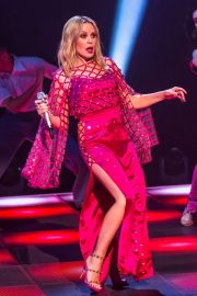 Kylie Minogue Performs at Jonathon Ross Show in London 12/03/2020 13
